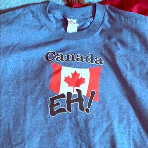 🇨🇦 Canada Eh! T-Shirt size XL, Like New